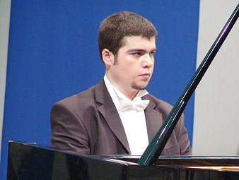 Dinu-Mihai S - Music: vocational, Piano & Music: academic tutor near London, Islington.