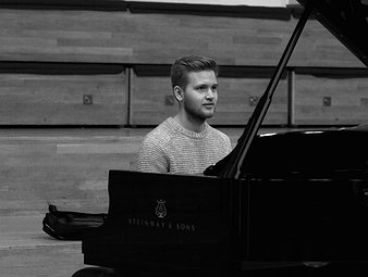 Jacky N - Music: vocational, Piano, Composition & Music: academic tutor near Birmingham, West Midlands.